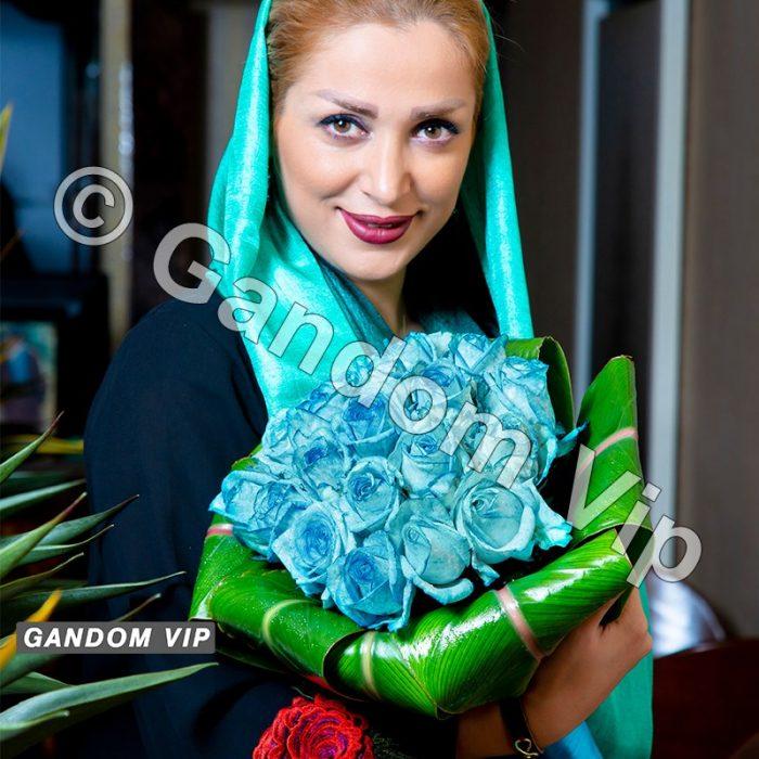 خرید دسته گل رز آبی