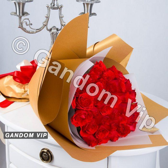 دسته گل رز قرمز کد 121