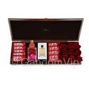 باکس گل ولنتاین و هدیه