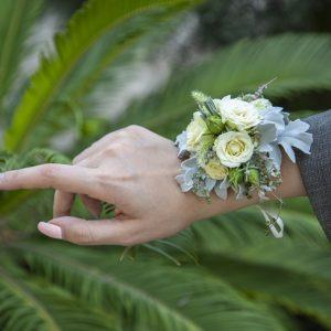 دستبند گل عروس