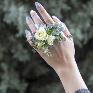 انگشتر گل عروس