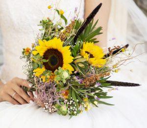 دسته گل فرمالیته عروس