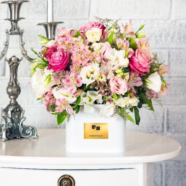 باکس گل رز لاکچری