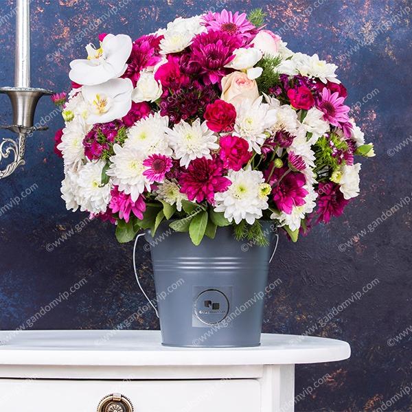 باکس گل رز قرمز و سفید