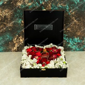 باکس گل رز قلبی
