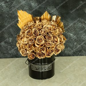 باکس گل رز طلایی