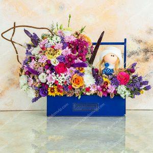 جعبه گل با عروسک