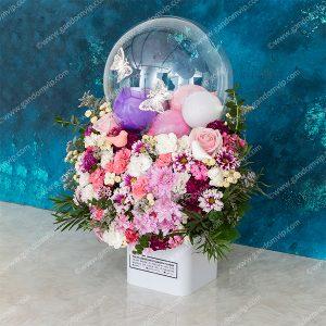 باکس گل همراه با بادکنک